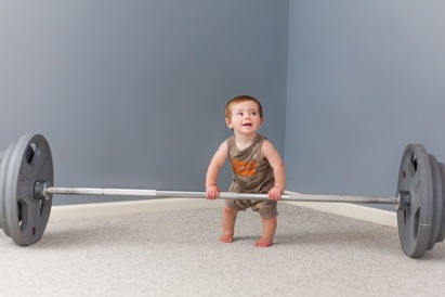Baby-Boy-Weight-Lifting-Funny-Photos